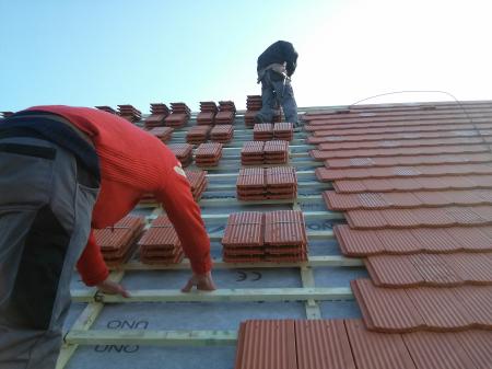 Komplett szolgáltatásunkba a tetőfedés is beletartozik
